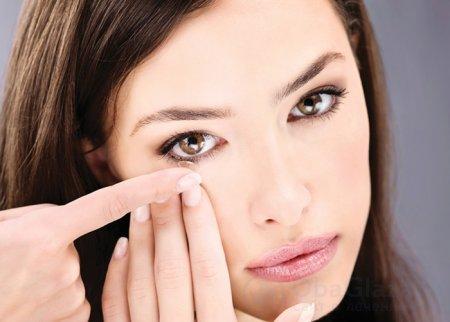 Как правильно надевать и снимать контактные линзы (инструкция)